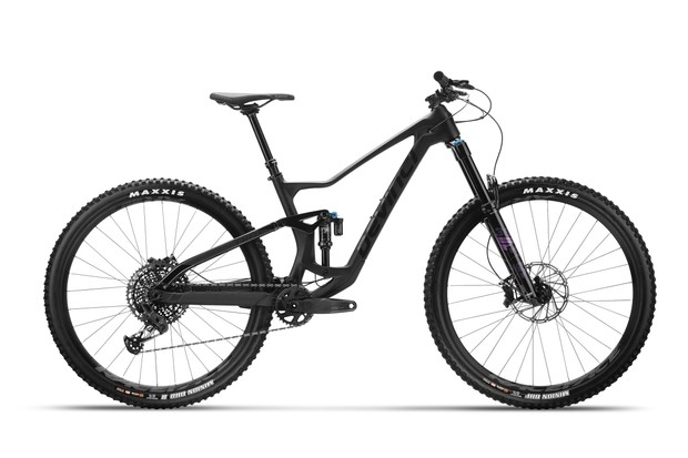2021 Devinci Troy all-mountain mountain bike