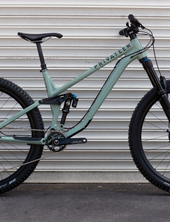 Privateer Bikes 141 trail mountain bike