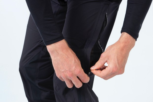 Endura waterproof trouser zip
