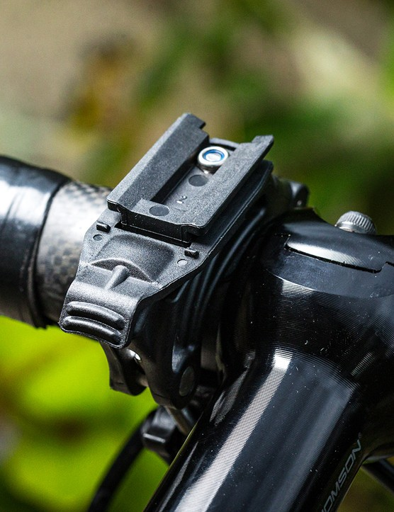 Mounting bracket for the Niterider Lumina 1200 Boost Road front light for road cycling