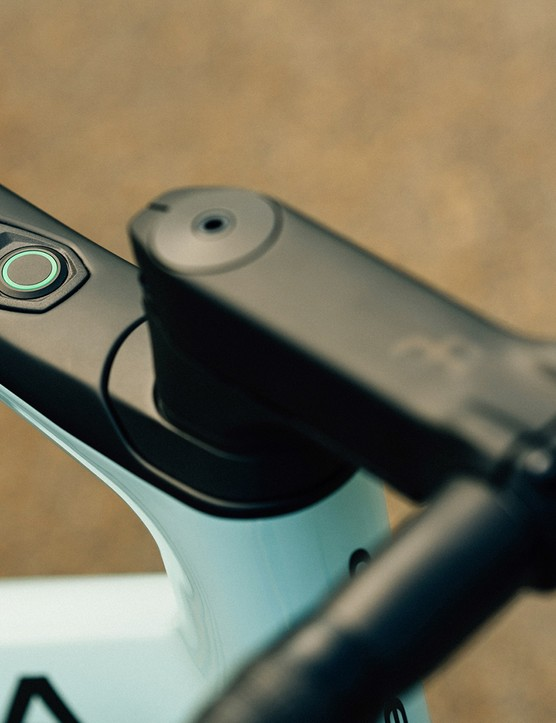 The control button for the eBikemotion system on the Orbea Gain Carbon is called the iWOC butto