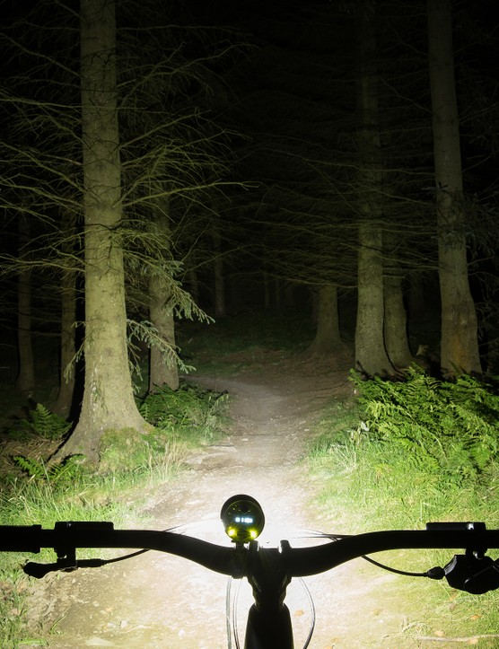 Exposure MaXx D MK13 mountain bike front light beam shot