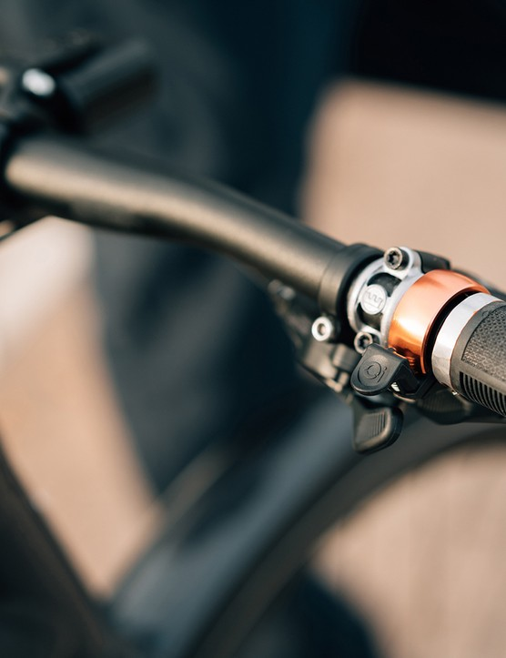 The Orbea Vibe eBike has full cable integration from the stem rearwards