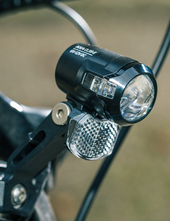 The Raleigh Motus Tour eBike comes with a front light
