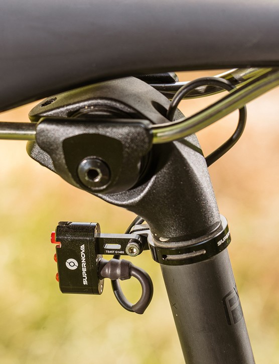 The Cannondale Topstone Neo Carbon 1 Lefty comes with an integrated rear light