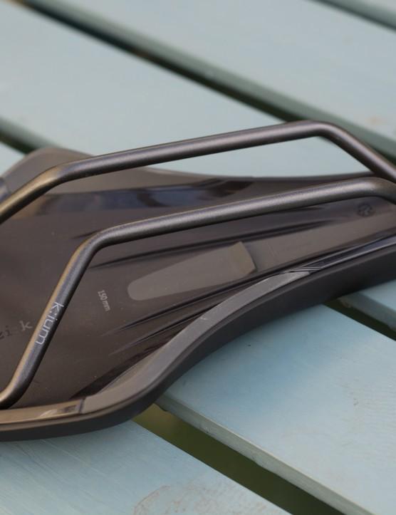 Kium rails on saddle