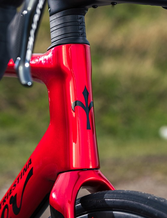 The carbon fork on the Wilier Filante SLR road bike gives plenty of tyre clearances