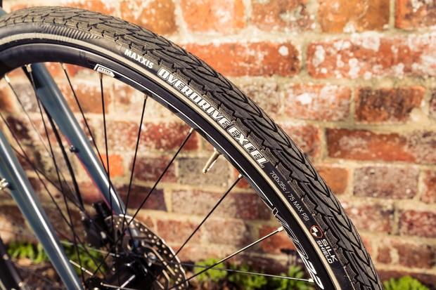 Maxxis Overdive Excel 700 x 35c tyre