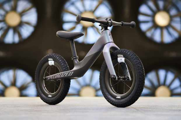 Shred the daycare with Specialized's £999 / $999 Hotwalk Carbon balance bike