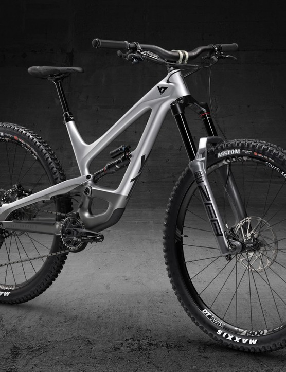 2021 YT Blaze Capra enduro bike photos