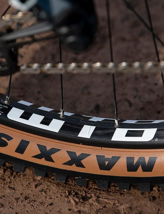 WTB i30 TCS Tubeless Ready rims on the Boardman MTR 9.0 full suspension mountain bike