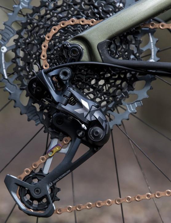The Cannondale Scalpel SE LTD comes with SRAM's X01 Eagle drivetrain