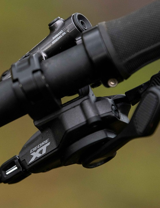 The Forbidden Dreadnought XT is equipped with Shimano XT shifters