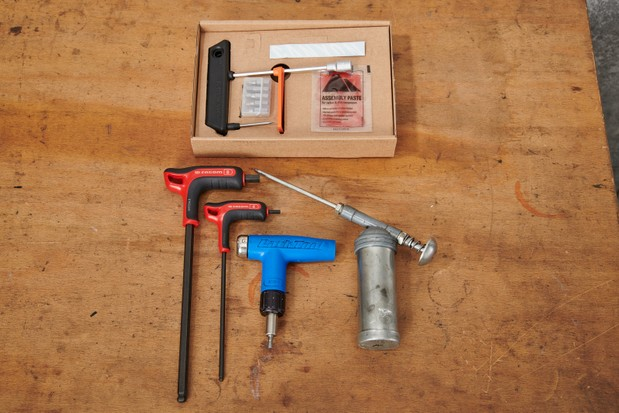 How to assemble a bike, tools required