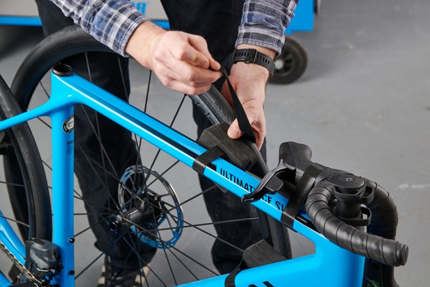 How to assemble a bike, protective packaging