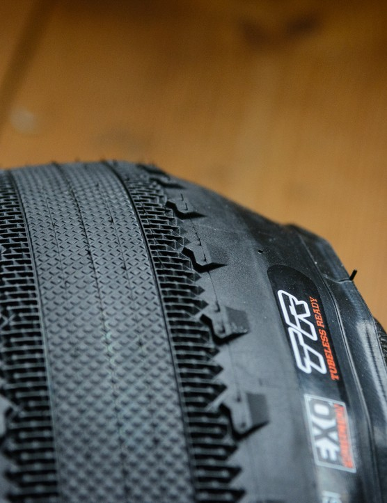Maxxis Receptor 40mm wide gravel semi slick tyres-3