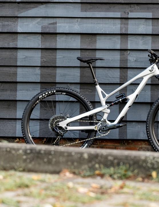 2020 YT Blaze Jeffsy 29 bike photos