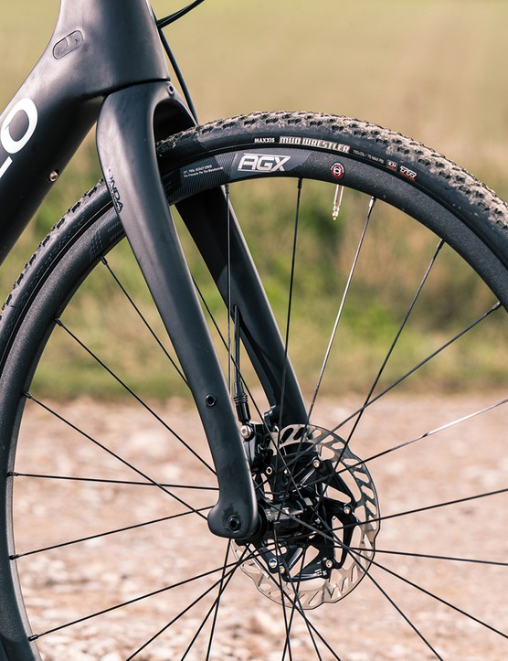 The FSA HM 1.0 ebike system was fitted to a gravel specific alloy disc AGX wheelset