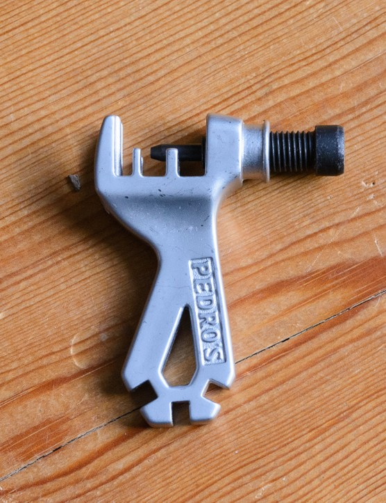 Pedros 6 Pack chain tool
