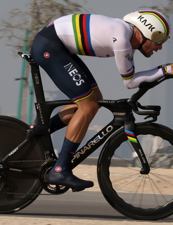 Filippo Ganna racing the time trial at the 2021 UAE Tour