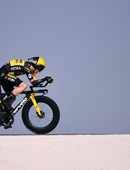 Jonas Vingegaard racing the time trial at the 2021 UAE Tour