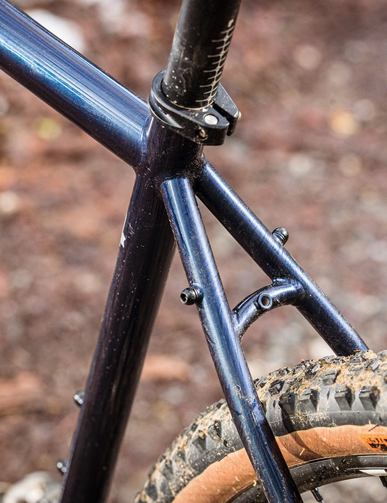 There are rack and mudguard mountson the stays of the Ragely Trig 2021 gravel bike