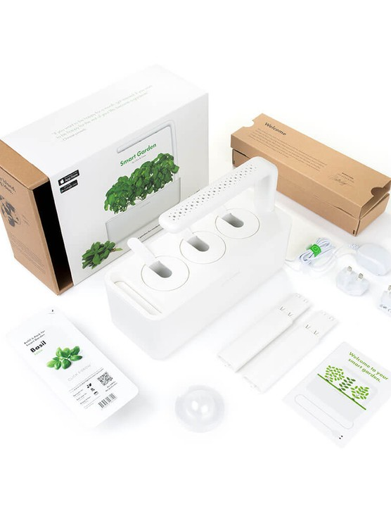 The Smart Garden 3 in the box
