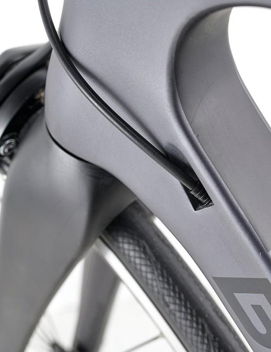 Cabling on the Boardman SLR 8.9 road bike