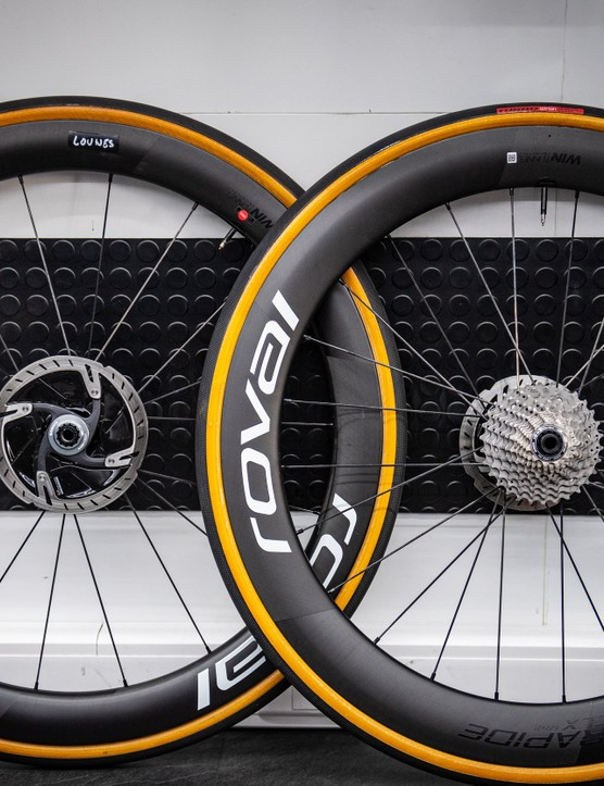 Roval Rapide CLX wheels with Specialized Turbo Cotton clincher tyres