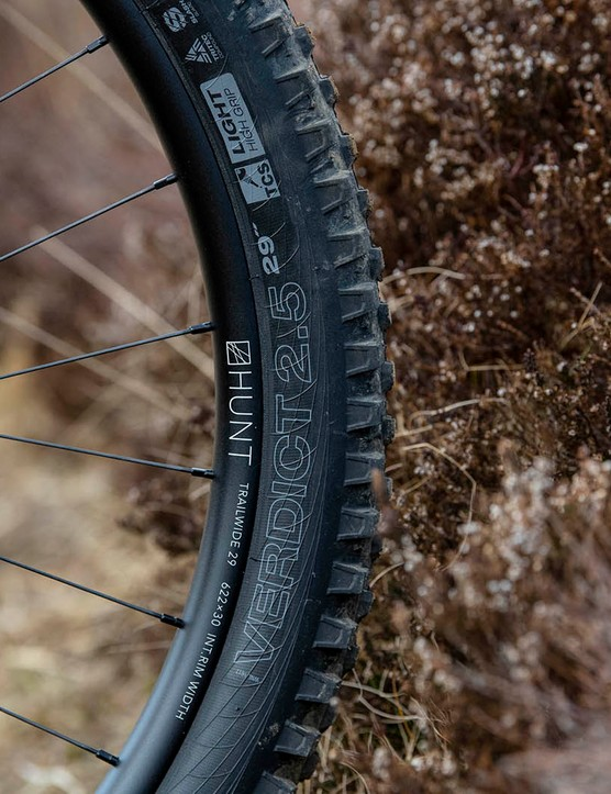 The Cotic RocketMAX Gen3 Silver SLX full suspension mountain bike is equipped with WTB Verdict tyre on the front wheel