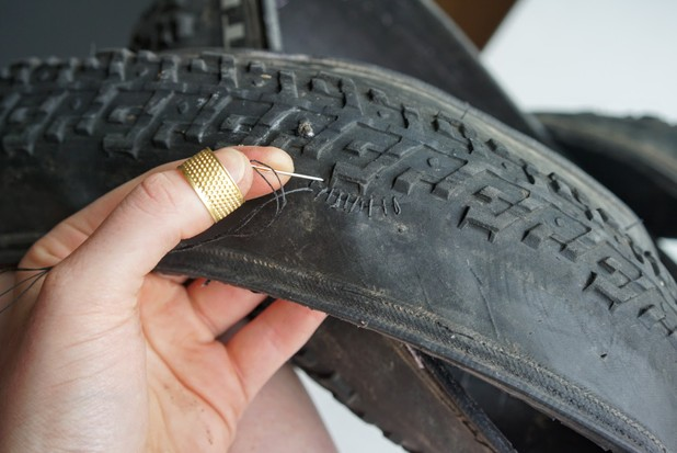 How to repair a punctured tubeless bike tyre