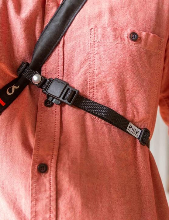 Rille strap attached