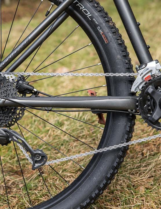 The Specialized Rockhopper Comp hardtail mountain bike has a 2x drivetrain