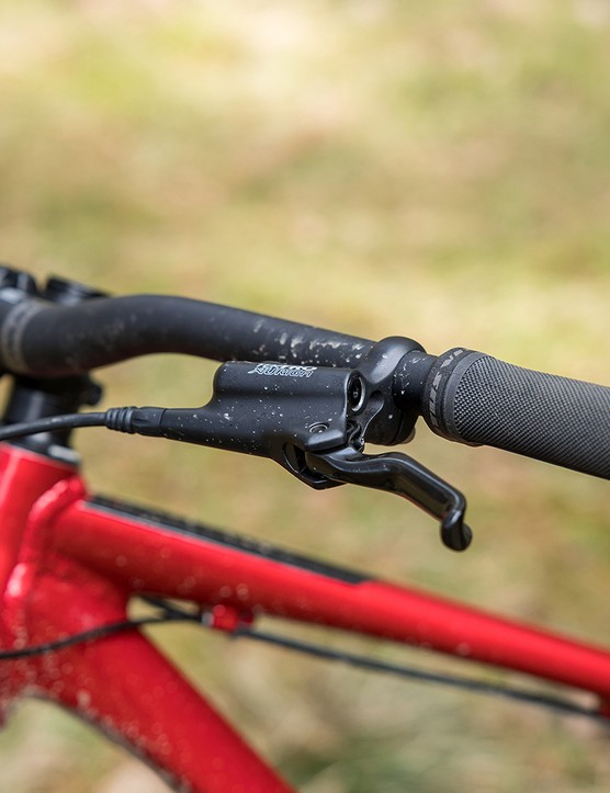 The brake lever blades had a good shape.