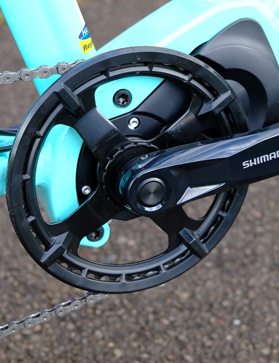 The chainset is Included with the motor unit on the Bianchi E-Spillo Luxury eBike