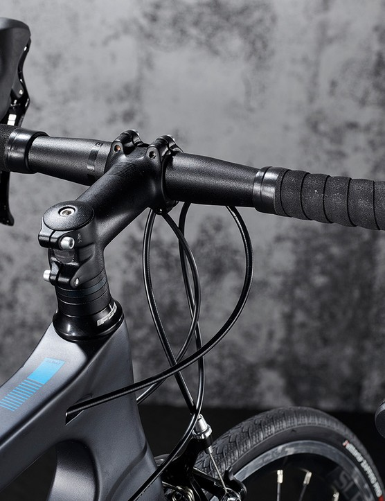 Cockpit of the Boardman SLR 8.9 road bike