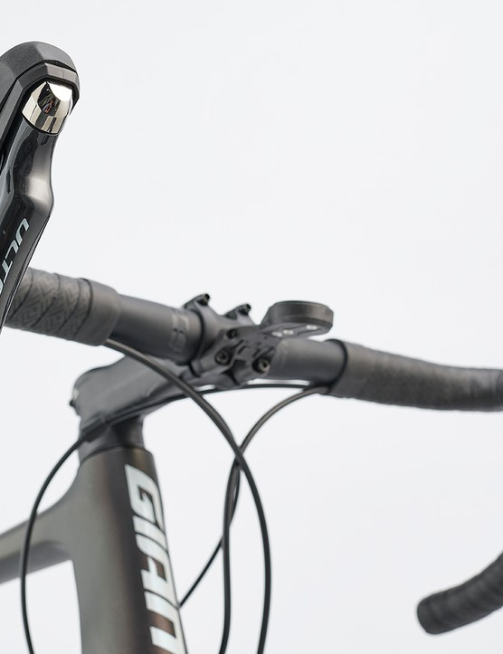 Giant Contact SL cockpit on the Giant TCR Advanced Pro 1 disc road bike