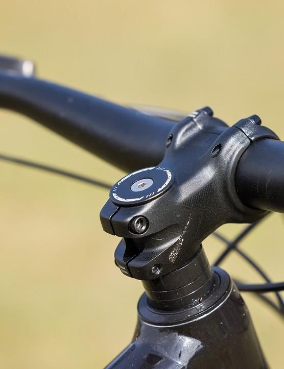 Merida Expert TR stem on the Merida Big.Trail 500 hardtail mountain bike