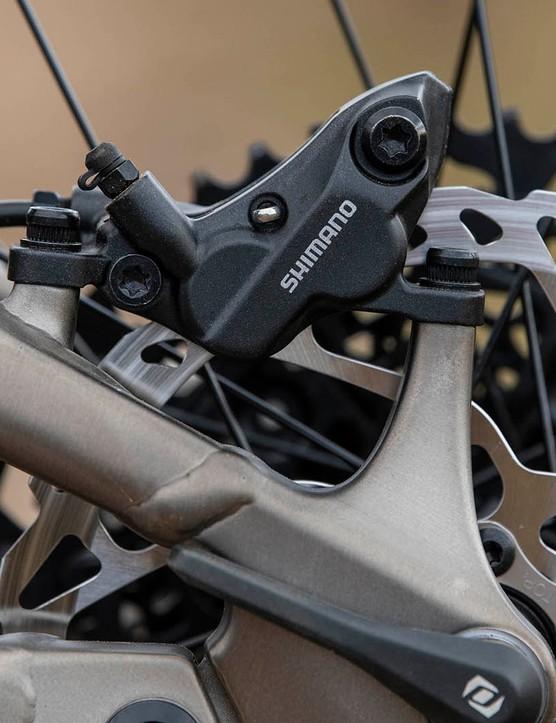 Shimano Deore M6120 brakes on the Scott Ransom 920 full suspension mountain bike