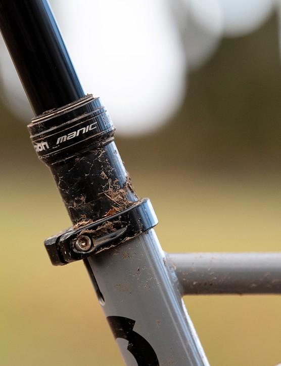 X-Fusion Manic dropper post on the Sonder Signal ST NX hardtail mountain bike