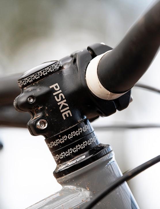 Love Mud Piskie stem on the Sonder Signal ST NX hardtail mountain bike