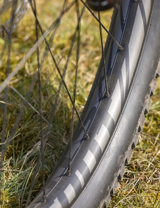 Stout Trail rims on the Specialized Fuse 275 hardtail mountain bike