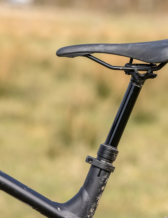 TranzX dropper post on the Specialized Fuse 275 hardtail mountain bike