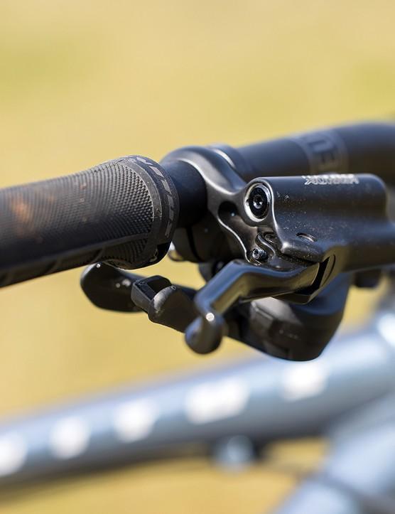 Tektro M290 brakes on the Vitus Sentier 27 hardtail mountain bike