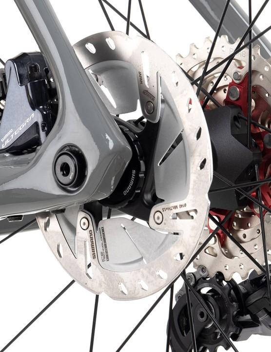 Cassette and rear rotor of the Vitus ZX-1 EVO Ultegra Di2 road bike