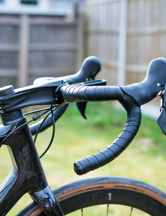 Rose Attack GF handlebar on a Giant TCR Advanced Pro 2 Disc