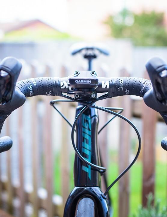 Worx track handlebars front view