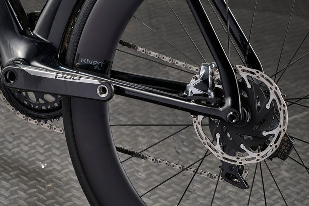 SRAM Red hydraulic disc brakes on the Cannondale SystemSix HI-MOD Red eTap AXS road bike