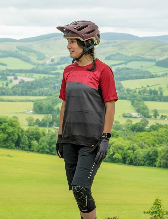 Nukeproof Blackline women's mountain bike riding kit