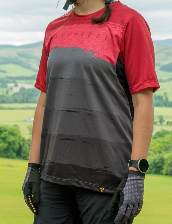Nukeproof Blackline women's short sleeve jersey